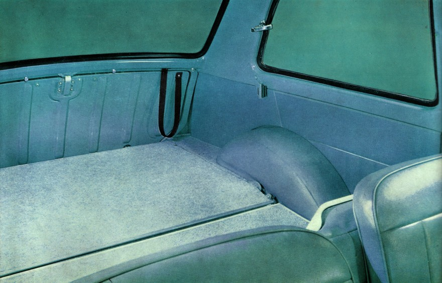 1958 Austin A40 interior